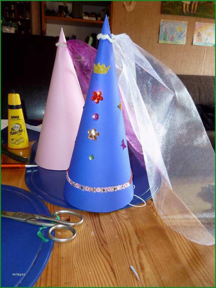 2015 08 burgfraeulein feiern eine party