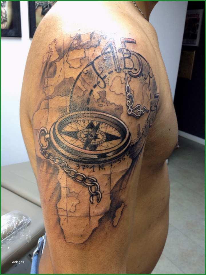 Selten Tattoo Kompass Und Schiff Auf See