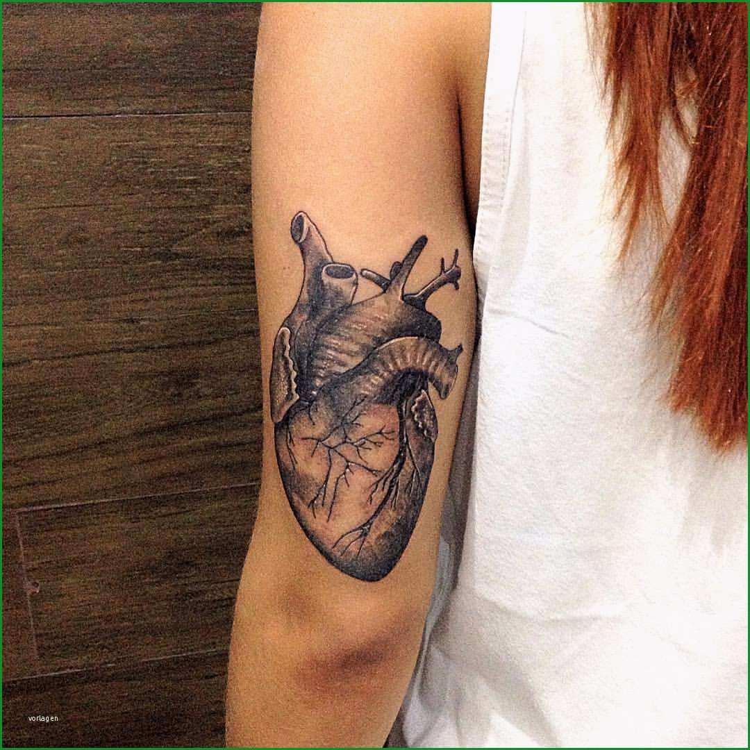 tattoo anatomisches herz